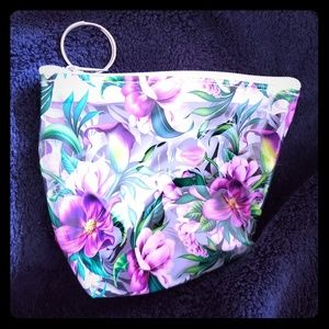 FLORAL KEYCHAIN CLEAR CHANGE PURSE